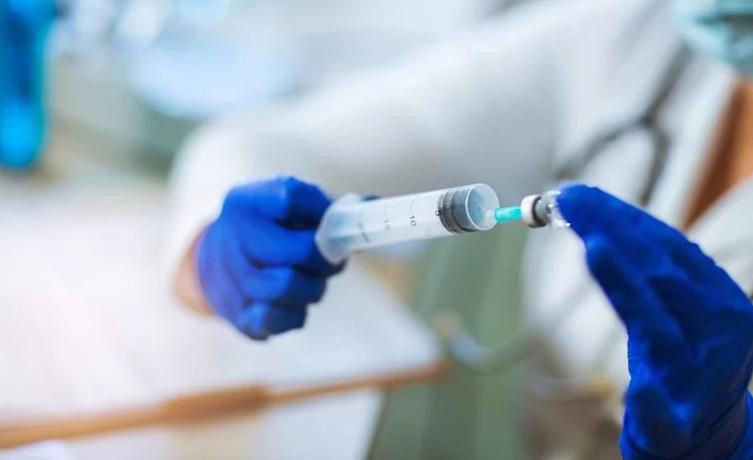 Богатите земји веќе купија половина од идната вакцина против коронавирус