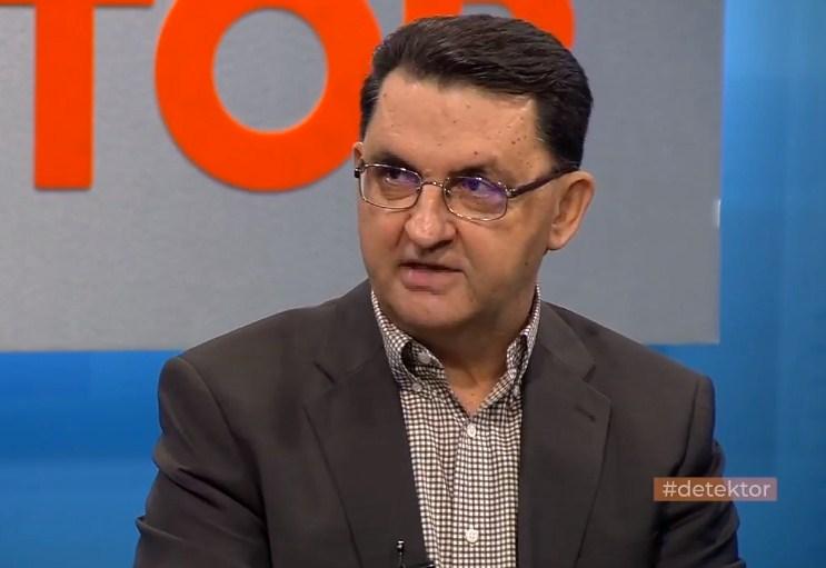 Славески: Оние кои што сега го критикуваат ВМРО-ДПМНЕ, молчеа кога Царовска со закон префрли 120 милиони евра од приватните во државниот пензиски фонд