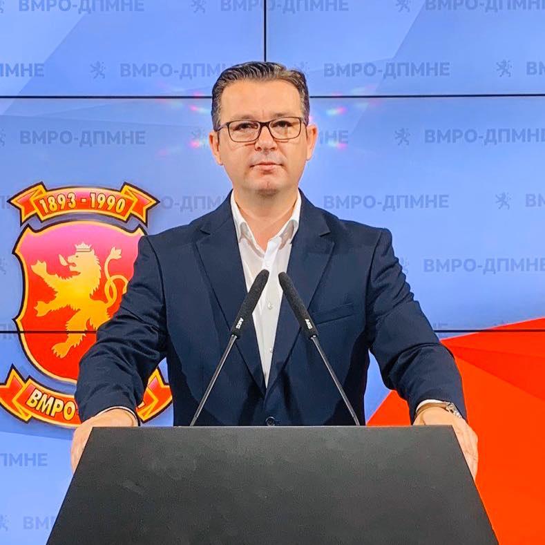 Трипуновски: Додека владата вели дека блескаме, Македонија тоне во економска криза