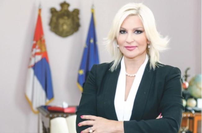 Михајловиќ: Меѓународниот сообраќај низ Србија фунционира, влезени 150.000 камиони