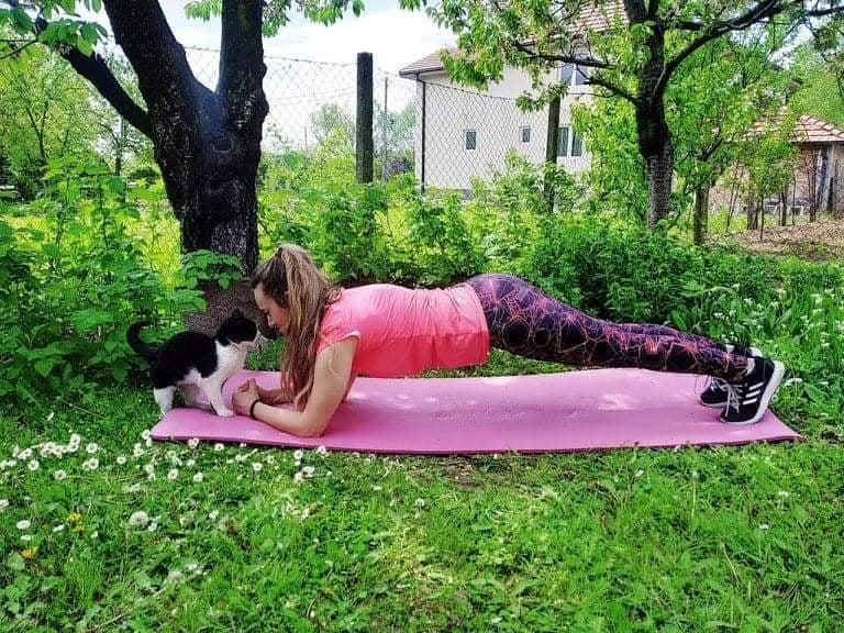 Брзи и ефикасни утрински вежби за топење маснотии