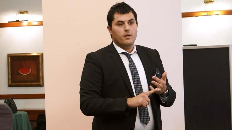 Лазаров: Според податоците на УЈП за месец април плата земале 30.000 граѓани помалку