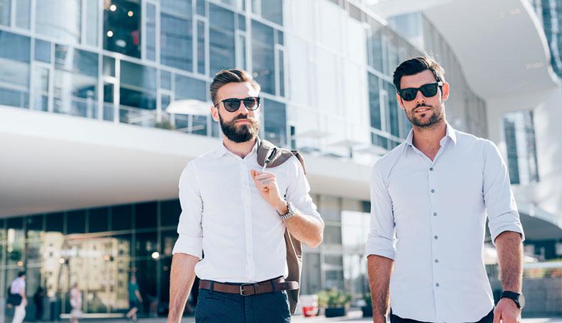 Правила за сите мажи: Како да бидете најдобар пријател со друг маж?