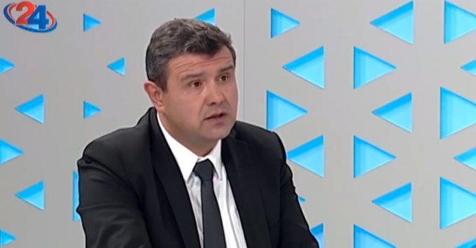 Мицевски до Манчевски: До каде се респираторите кои ги ветувавте на самиот почекот на кризата?
