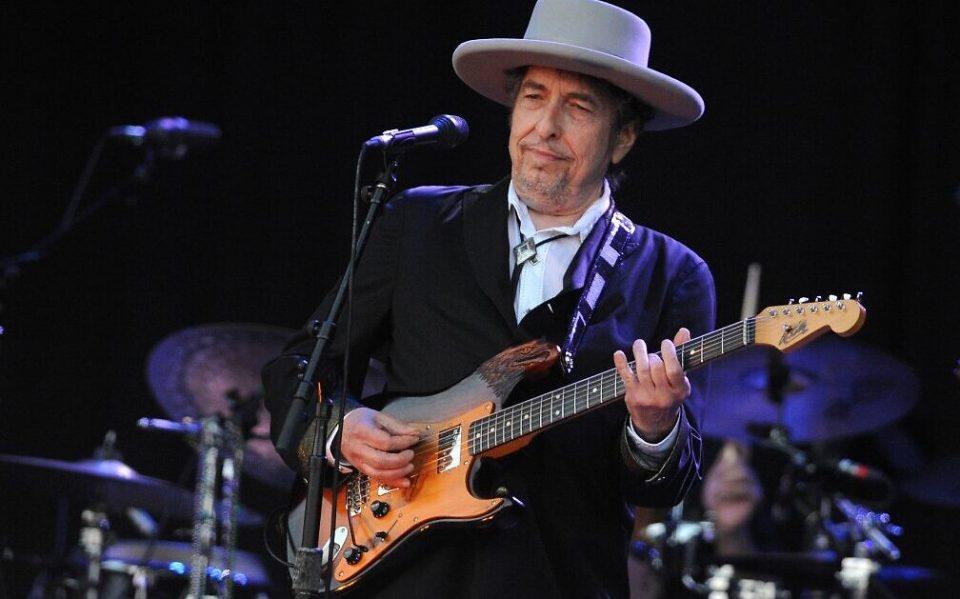 Боб Дилан издава нов албум, прв по осум години