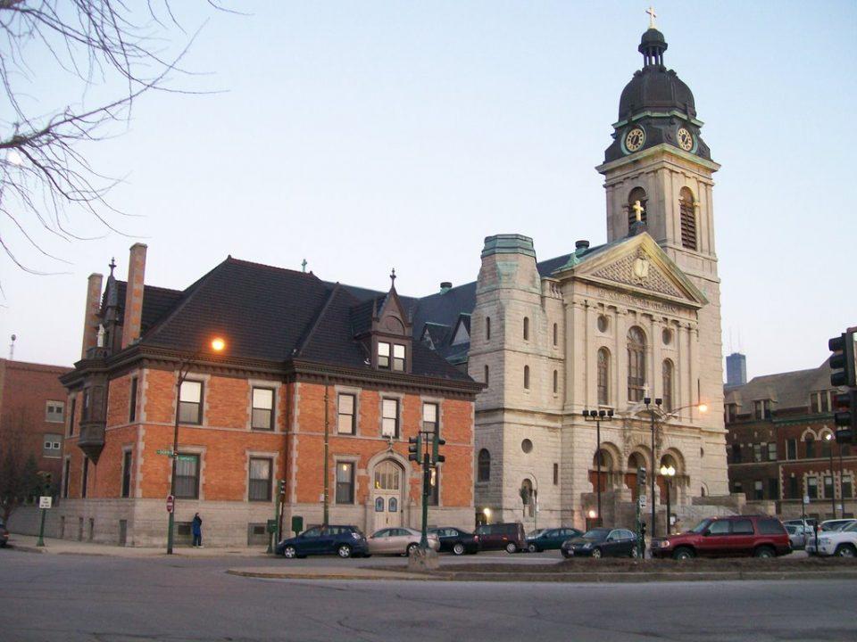 Казни за црквите во Чикаго кои не ги почитуваат пропишаните мерки