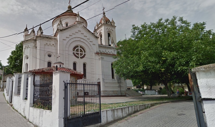 Свештеник од Струмичката епархија доби забрана за работа заради изградба на нелегална црква