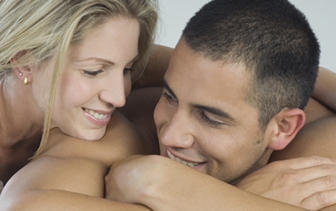 Утринскиот секс го крева расположението и го зајакнува имунитетот