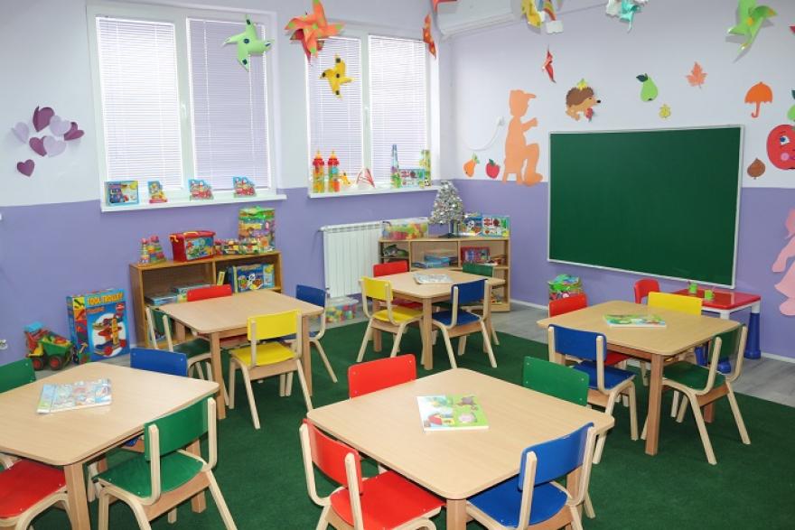 ВМРО-ДПМНЕ: Заев и Владата наместо решавање на корона кризата отвораат нови кластери, сега во градинките