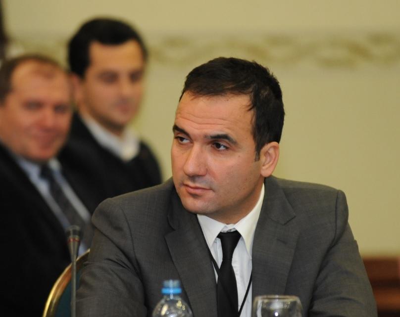 Др. Лазаревиќ: Ситуацијата не е под контрола, комисијата за заразни болести не требаше да избрзува со заклучоци