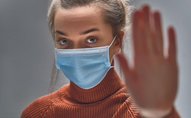 Казни до 150 евра: Еве на кои места во Грција е задолжително носење на маска