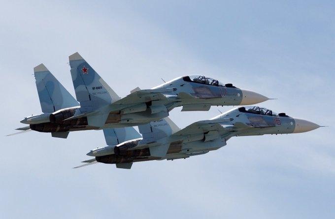 Американските бомбардери што летаа над Скопје биле пресретнати од руски сухои над Балтикот (ВИДЕО)