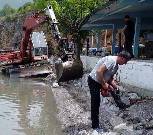 Скандал во Охрид: Дивото бетонирање во Градиште продолжува надлежните ги нема никаде