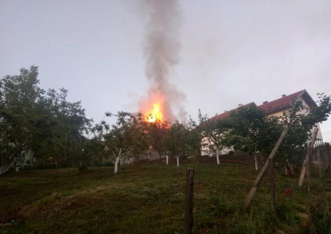 ФОТО: Пожар во семејниот дом на Синан Сакиќ