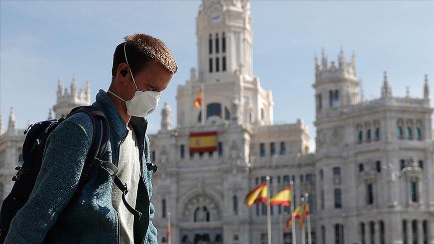 Шпанија прогласи вонредна состојба, воведен полициски час