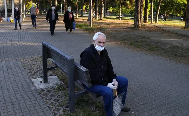 Во Србија четири нови смртни случаи и уште 157 заразени
