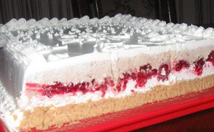 """Оваа торта се вика """"Мрзлива жена"""", кога ќе го прочитате рецептот ќе го сфатите нејзиното име"""