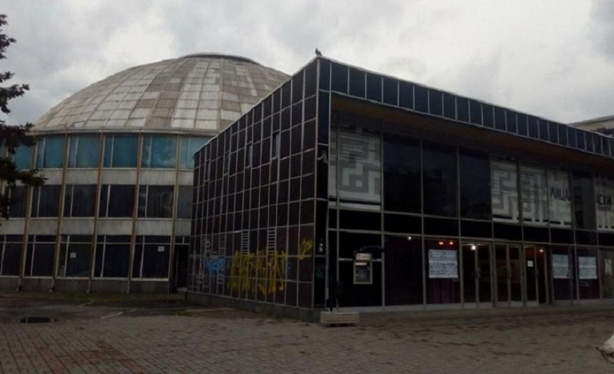 """Шилегов ветува, но не остварува! До каде е изградбата на новата """"Универзална сала""""?"""