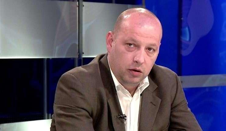 Грозданов: Од сликата видовме како Рашковски има политичка некултура и не ги почитува мерките кои неговата Влада ги налага