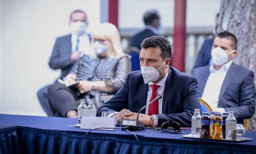 Лидер со ексклузивни детали од вчерашната лидерска средба: Заев бил отсутен, Дескоска била суфлер!