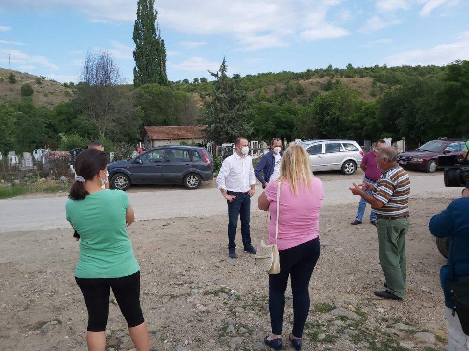Мисајловски во посета на Старо Нагоричане- пред граѓаните им вети обнова на земјата почнувајќи од 15 јули (ФОТО)
