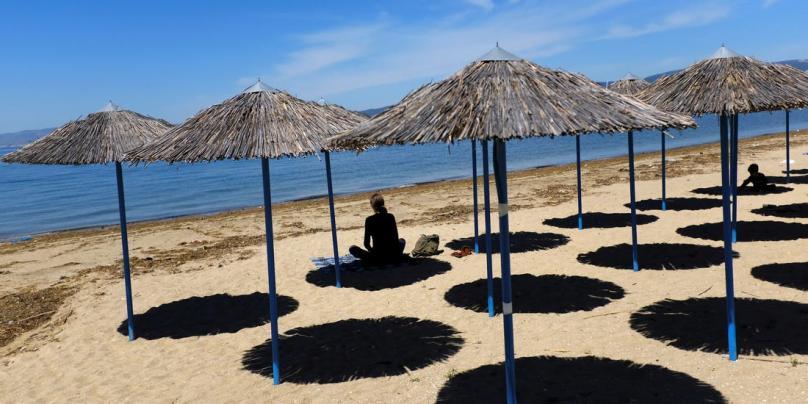 Грција ќе го плаќа сместувањето на туристите ако се разболат од вирусот