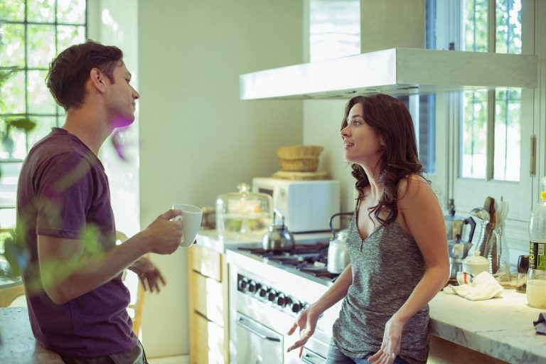 6 хороскопски знаци со кои ќе имате добра комуникација во врската
