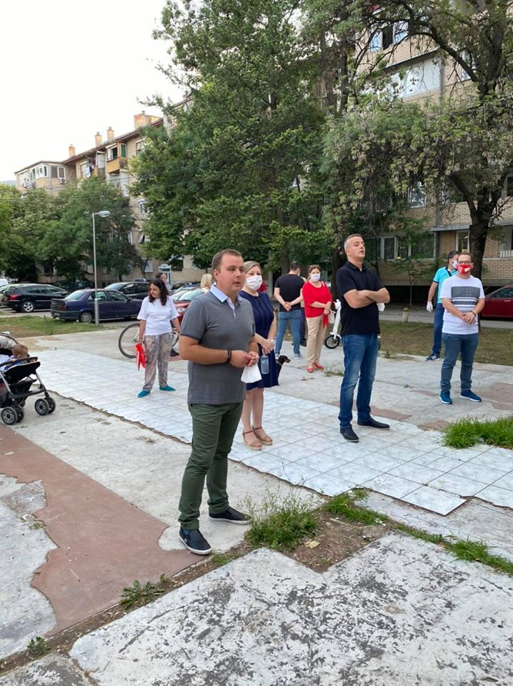 Пренџов на средба со граѓаните од Карпош 1