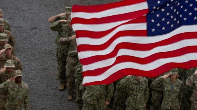 Американски сенатори бараат да се блокира повлекувањето на војниците од Германија