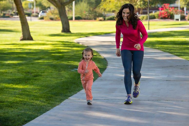 Неделен план со вежби за слабеење за мајки