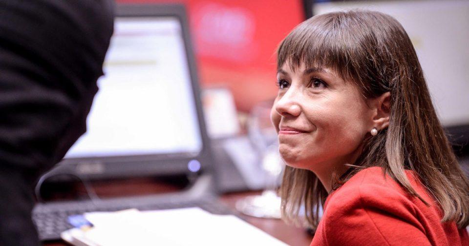 Наставниците незадоволни и загрижени за учениците по најавите на Царовска за останување на постоечкиот модел на настава до крајот на учебната година