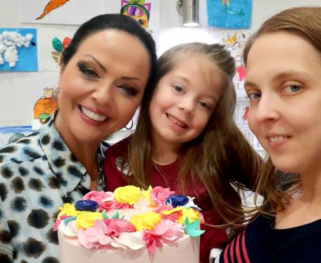 Адријана Алачки славеше роденден сама во карантин – откри колку години наполни