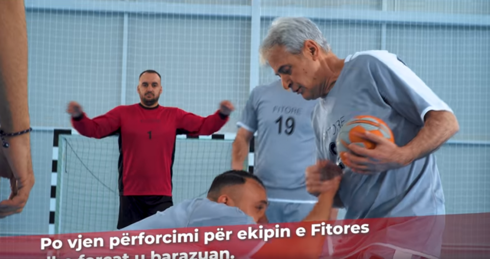 Зошто да не, Али Ахмети заигра ракомет (ВИДЕО)