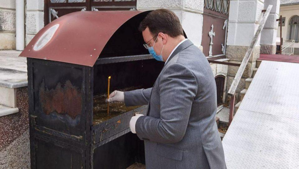 Николоски доби благослов од струмичката црква на почеток од кампањата