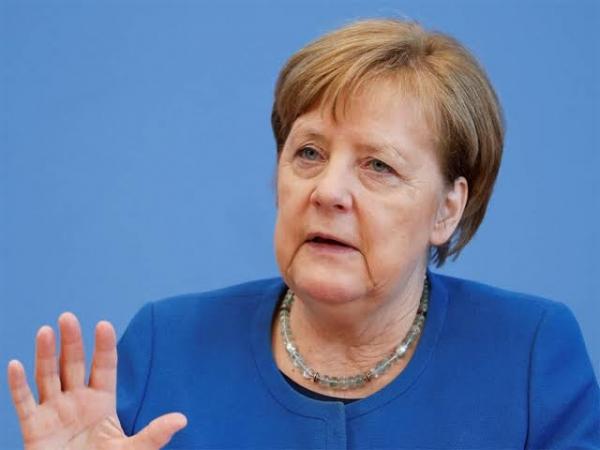 Вработен во прес-службата на Меркел наводно шпинирал за Египет