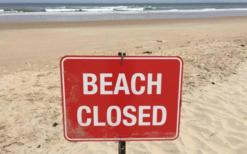 Плажите на Флорида ќе се затворат поради непочитување на мерките