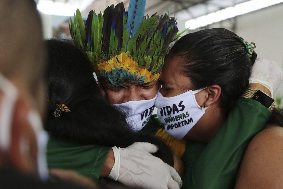 Во Бразил повеќе од 70.000 луѓе починаа од последици од Ковид-19