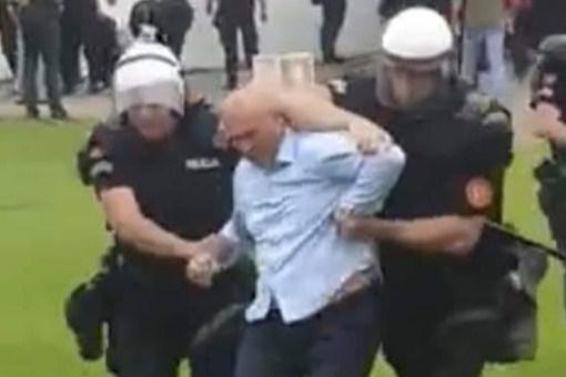 Расте напнатоста во Црна Гора – Полицијата го претепала градоначалникот на Будва (ВИДЕО)
