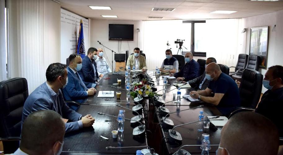 Чулев оствари работен состанок со началниците на Секторите за внатрешни работи