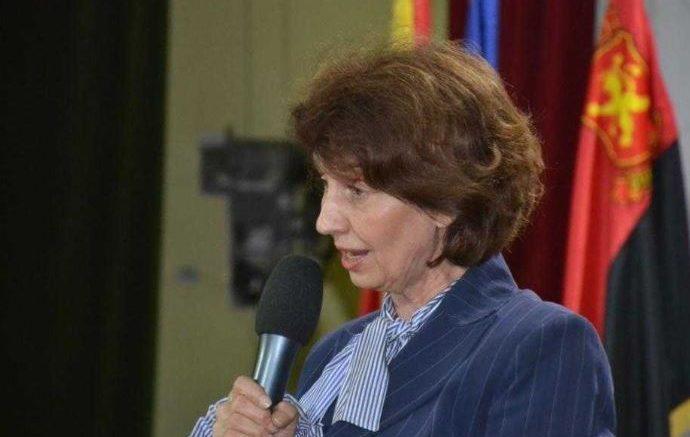 Силјановска-Давкова: Единствен народ кој се идентификувал со името Македонија сме ние