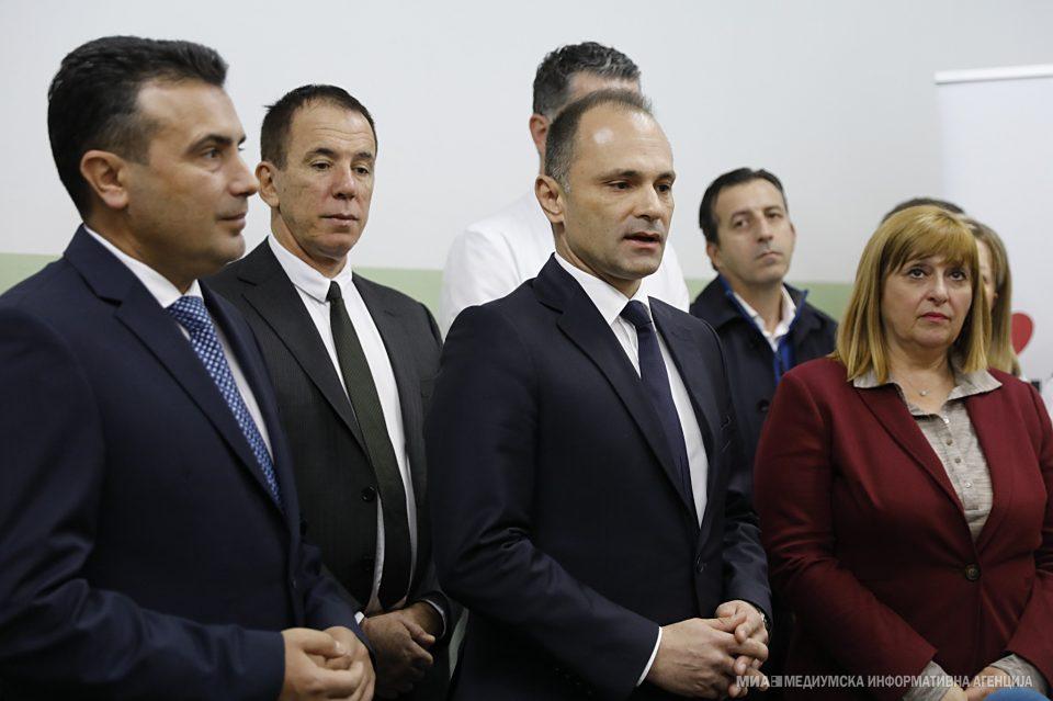 Филипче упорно тоне одработувајќи за Заев: Епидемијата е под контрола, професионално ја водиме работата