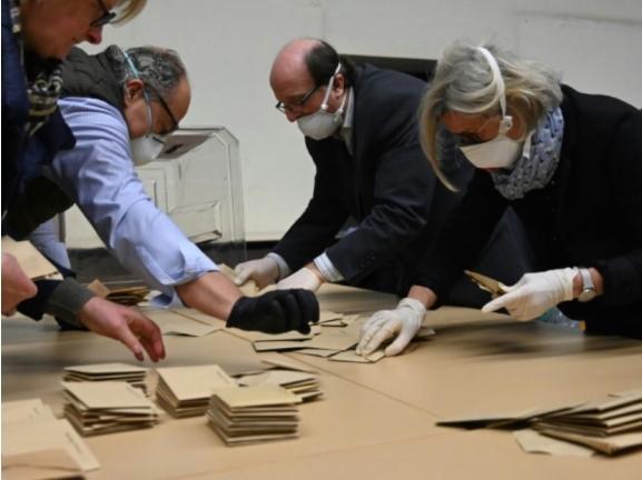 Вториот круг од општинските избори во Франција ќе се одржи утре, три месеци по првиот круг