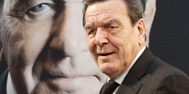 """Герхард Шредер останува претседател на Одборот на директори на """"Розњефт"""""""