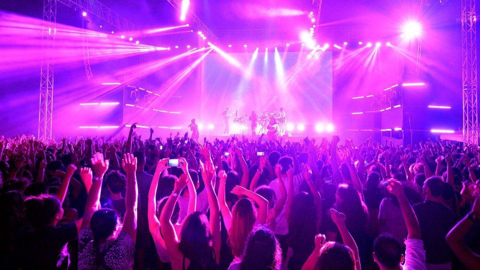 Музичарите од денеска може да настапуваат- Концертите се враќаат во Македонија
