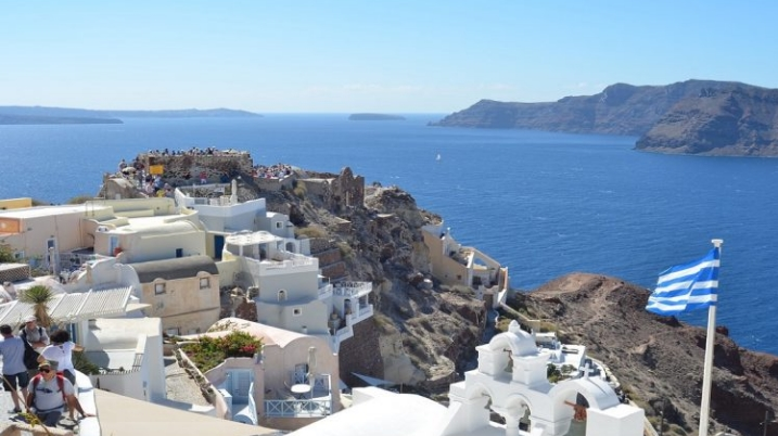 Ако турист се зарази со коронавирус во Грција, нема да се затвори целиот хотел