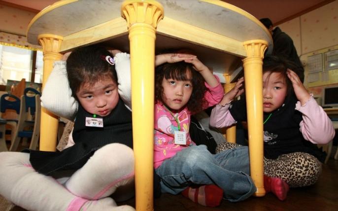 Околу сто деца и воспитувачи во една градинка во Јужна Кореја биле отруени со храна