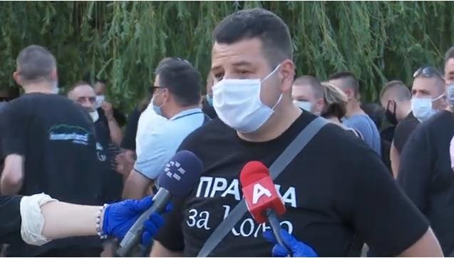 Граѓаните револтирани бараат правда за Никола, еве што порача таткото на убиеното момче (ВИДЕО)
