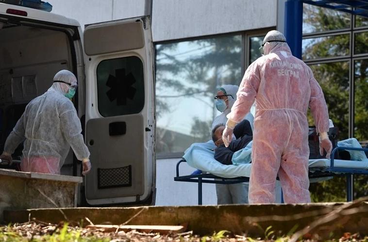 Во Србија и понатаму алармантно: Починале 54 пациенти, бројката на новозаразени висока!