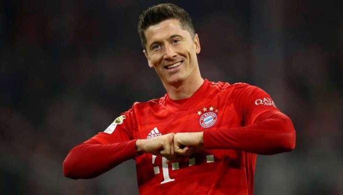 Левандовски прв фудбалер во Бундеслигата кој стана најдобар стрелец во три последователни сезони