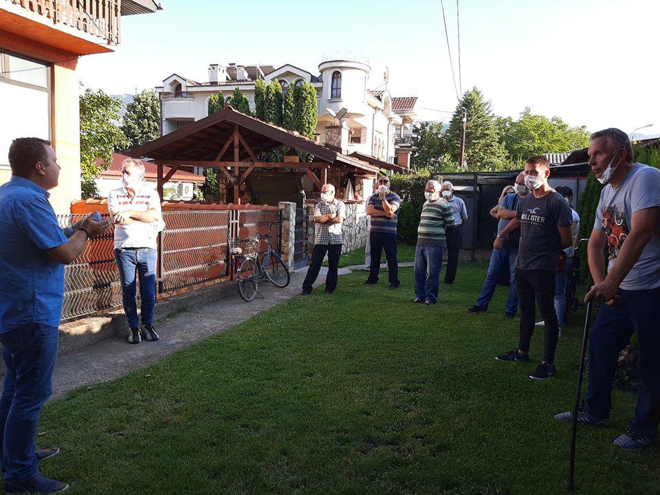 Пренџов на средби со граѓаните од Влае и Карпош: Време е за нова Влада која ќе ја врати довербата на граѓаните